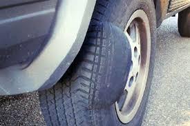 Lốp xe ô tô bị phồng
