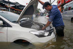 xe ngập nước