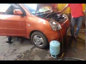 Nạp gas điều hòa ô tô