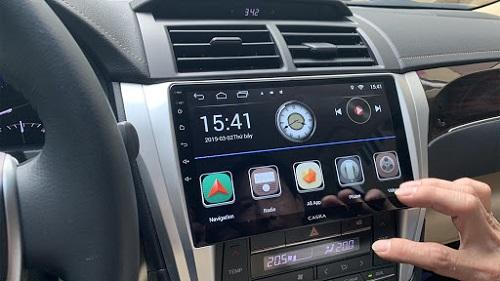 màn hình xe ô tô