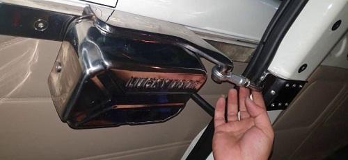 độ cửa lùa ô tô