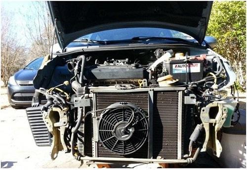 Hệ thống quạt mát của xe ô tô con
