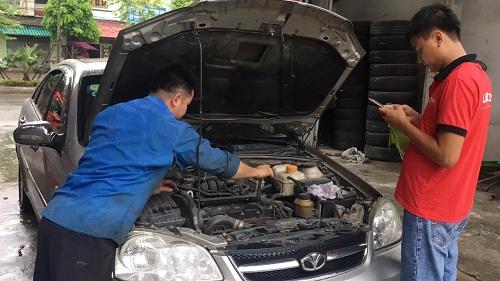 sửa chữa ô tô tại nhà
