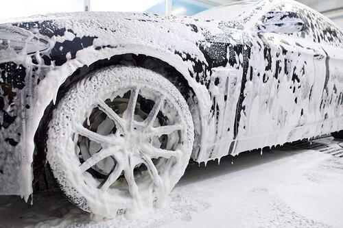 rửa xe ô tô tạo bọt